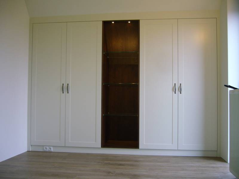 Inbouw kledingkast te boveldt meubelmakerij interieurbouw - Kledingkast en dressoir ...