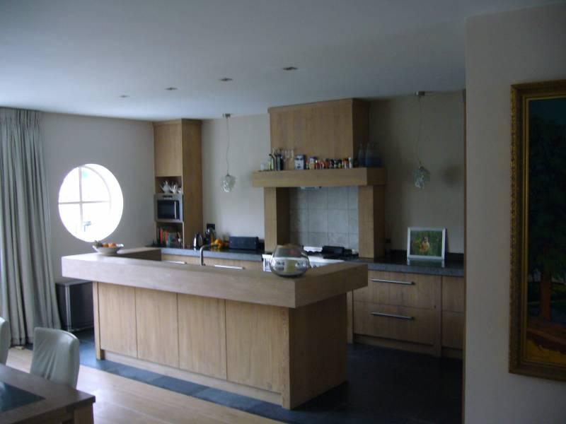 Keuken Natuursteen : Keuken geborsteld eiken met natuursteen Te Boveldt Meubelmakerij