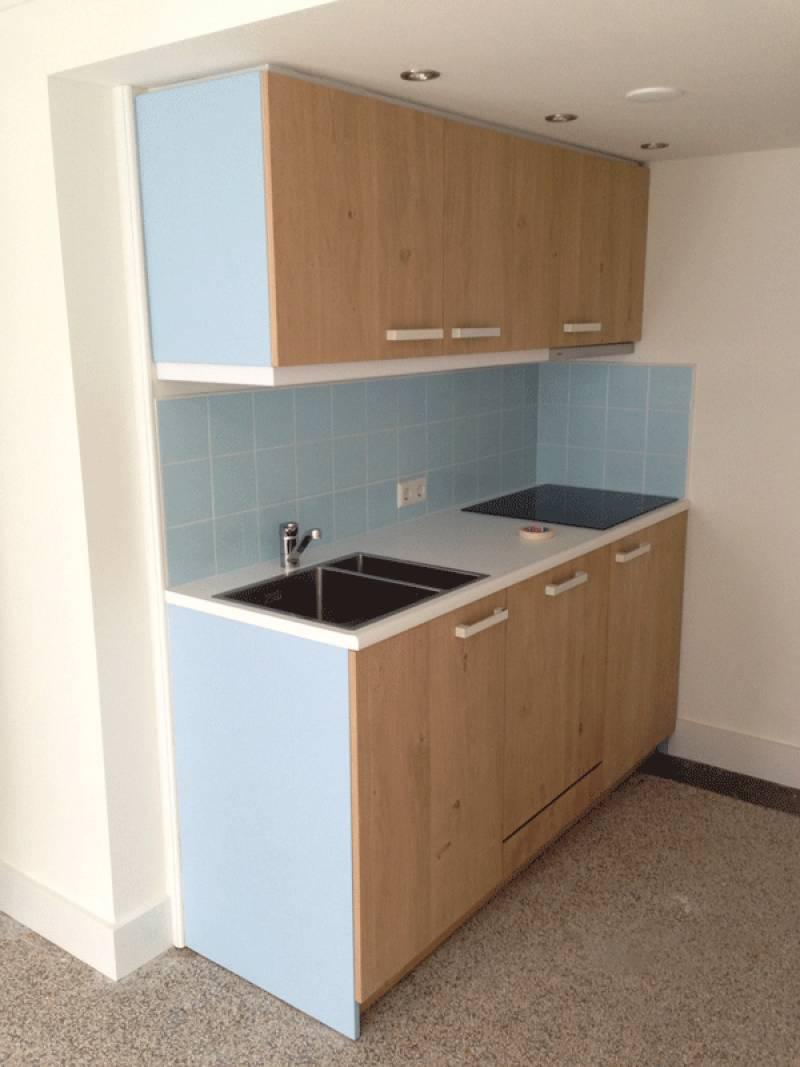 Keuken lichtblauw te boveldt meubelmakerij interieurbouw - Een dressoir keuken ...
