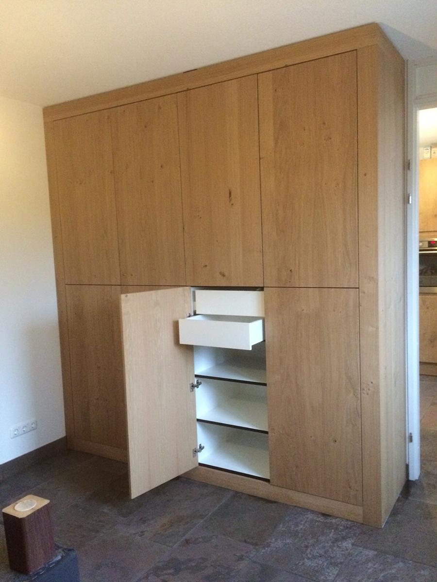 Inbouwkast kledingkast deuren verborgen laden spiegels for Spiegel laden berlin