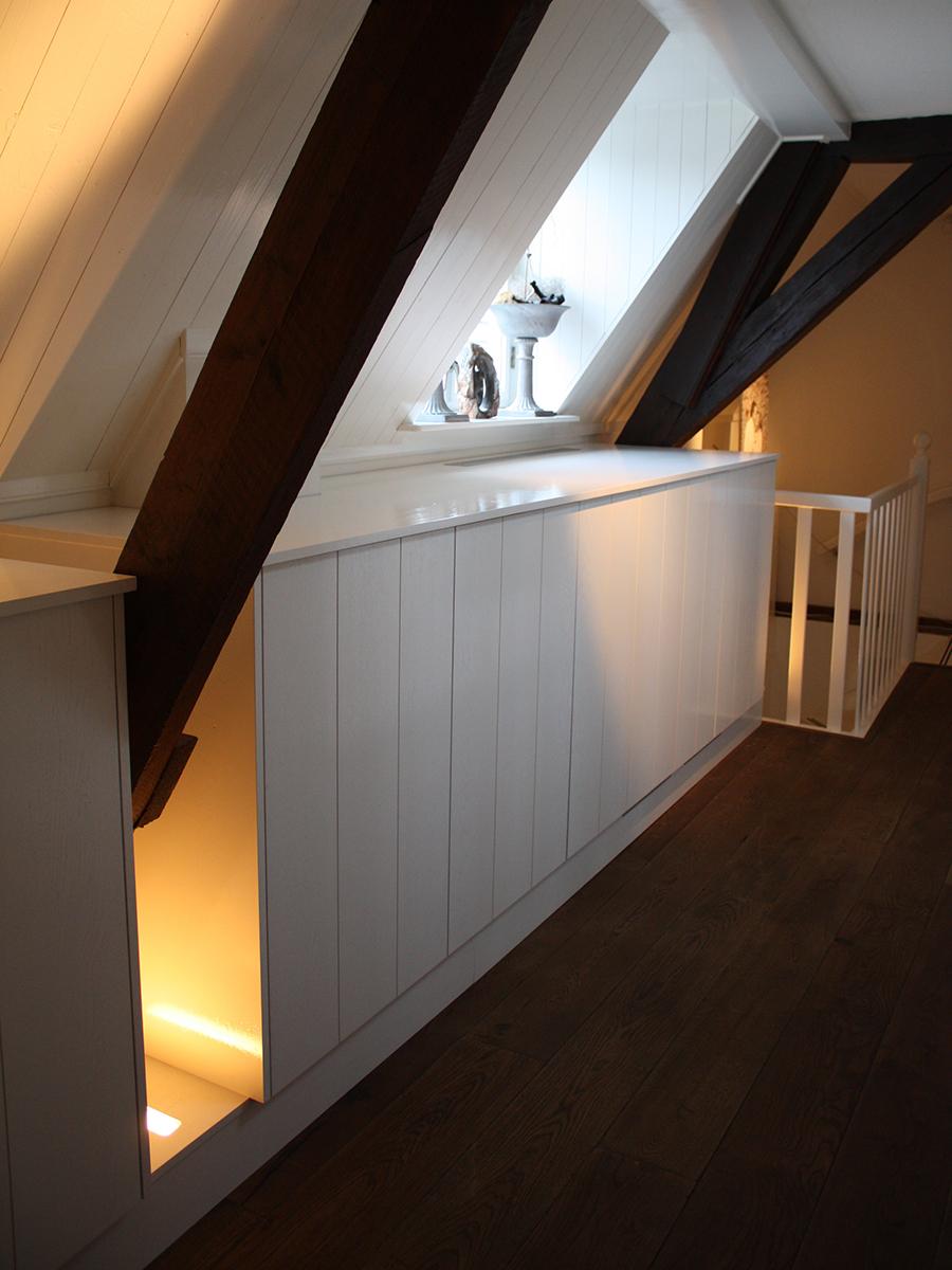 Inbouwkast kledingkast zolder LED verlichting RAL   Te Boveldt Meubelmakerij  u0026 Interieurbouw