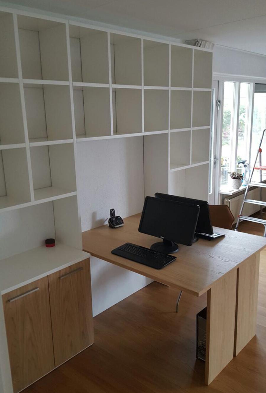 click to enlarge image bureau_boekenkast_eikenhout_mdf_ral_modern1jpg