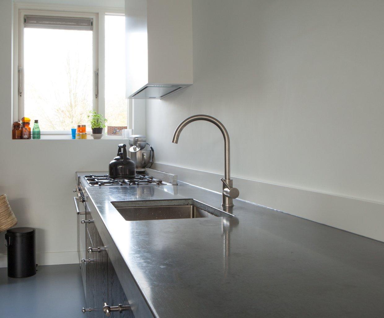 Keuken Zwart Stoere : Keuken beton zwart stoer eethoek te boveldt meubelmakerij