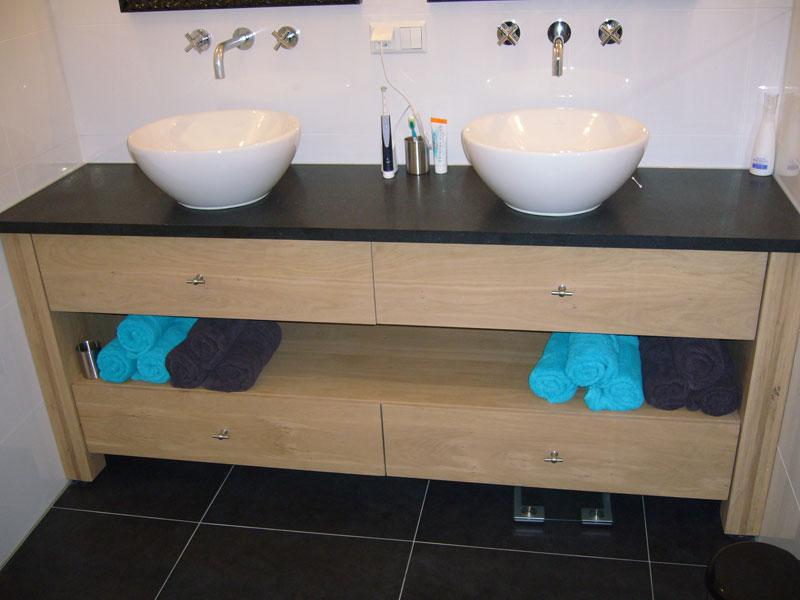 Badkamermeubel Op Pootjes : Fabulous badkamermeubel op poten rv belbin