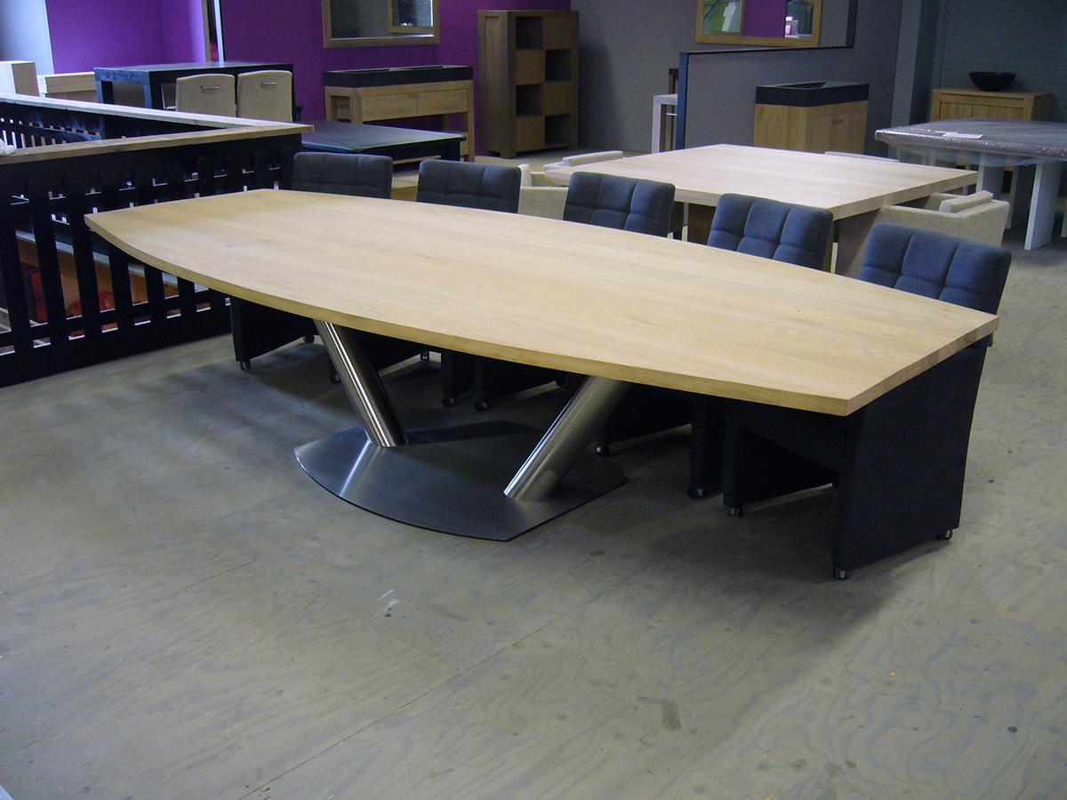 Half ovale tafel eiken rvs kanonpoot te boveldt for Ovale tafel