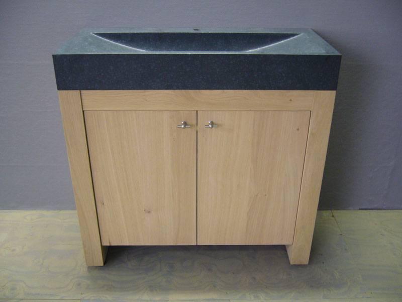 Badkamermeubel eikenhout spoelbak natuursteen te boveldt meubelmakerij interieurbouw - Badkamermeubels steen ...