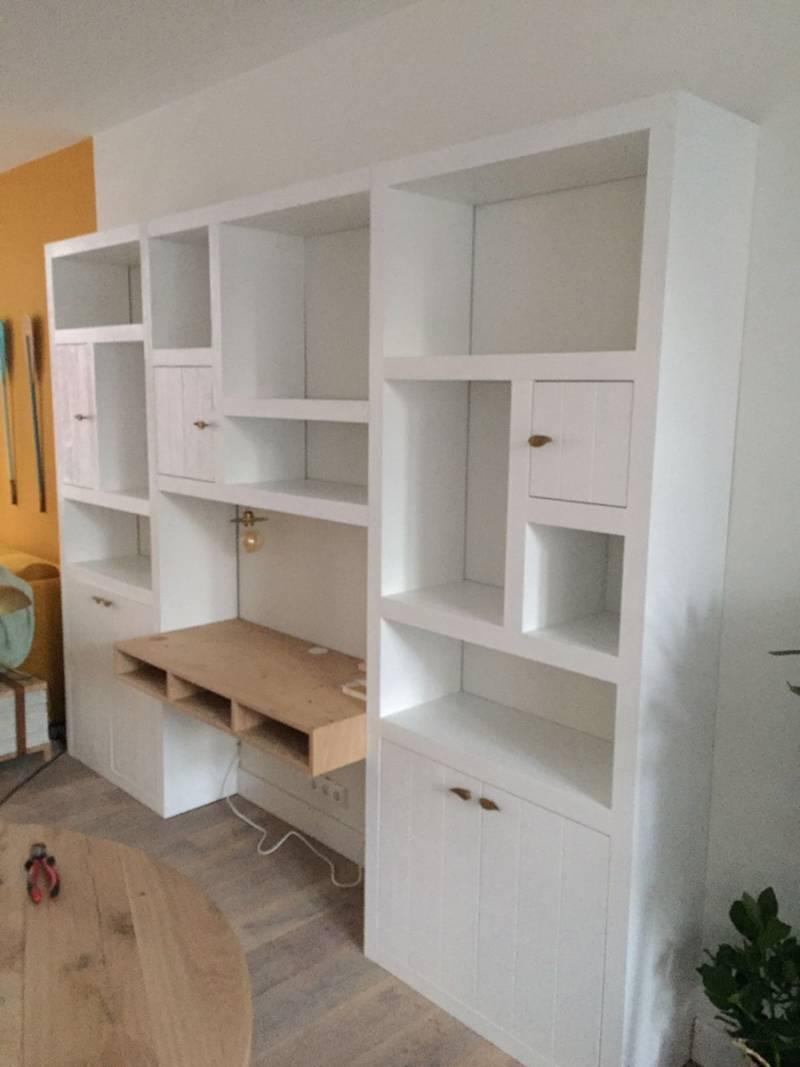 boekenkast eikenhout bureau ral wit speelse verdeling with boekenkast wit
