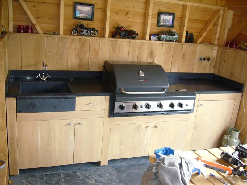 Wasbak Keuken Vierkant : Buitenkeuken eikenhout natuursteen maatwerk Te Boveldt Meubelmakerij
