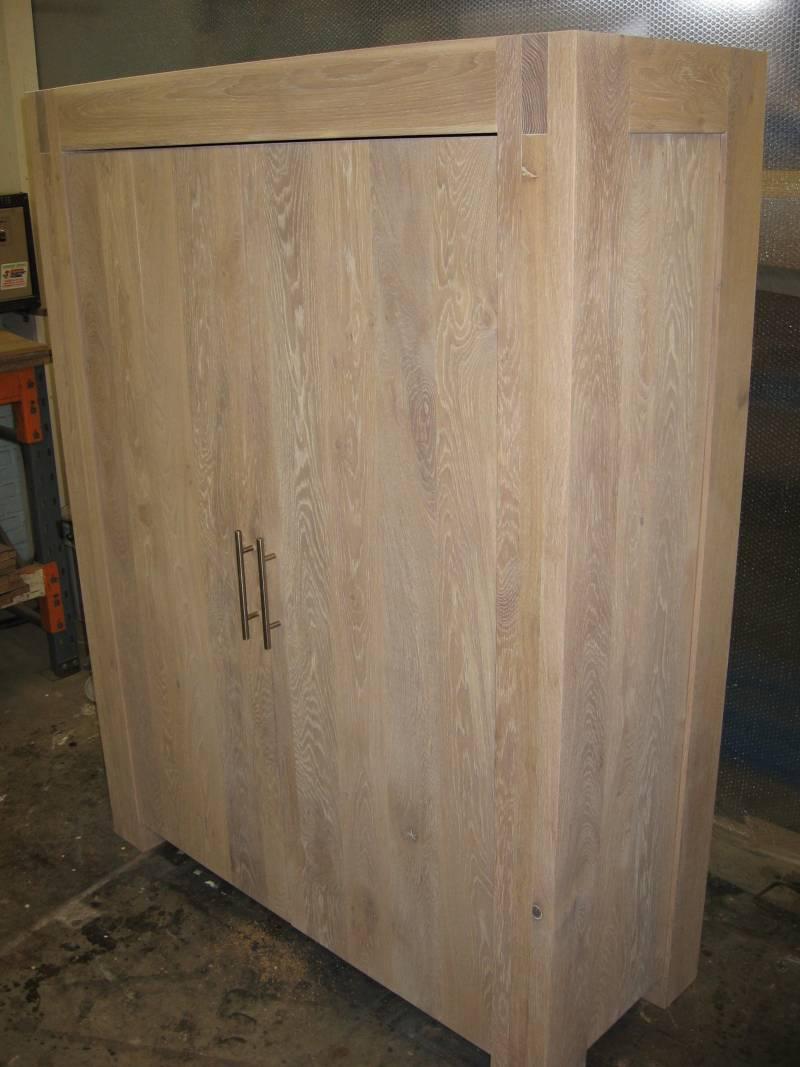 Computerkast eiken licht deuren rvs greep te boveldt meubelmakerij interieurbouw - Keuken licht eiken ...