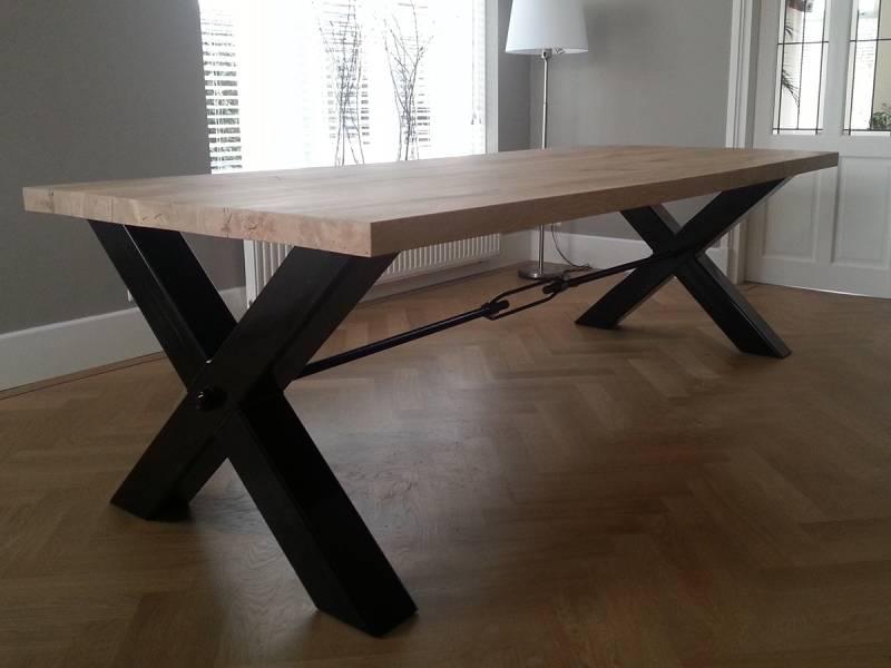 Eettafel x poot landelijk eiken te boveldt meubelmakerij interieurbouw - Hoe een grote woonkamer te voorzien ...