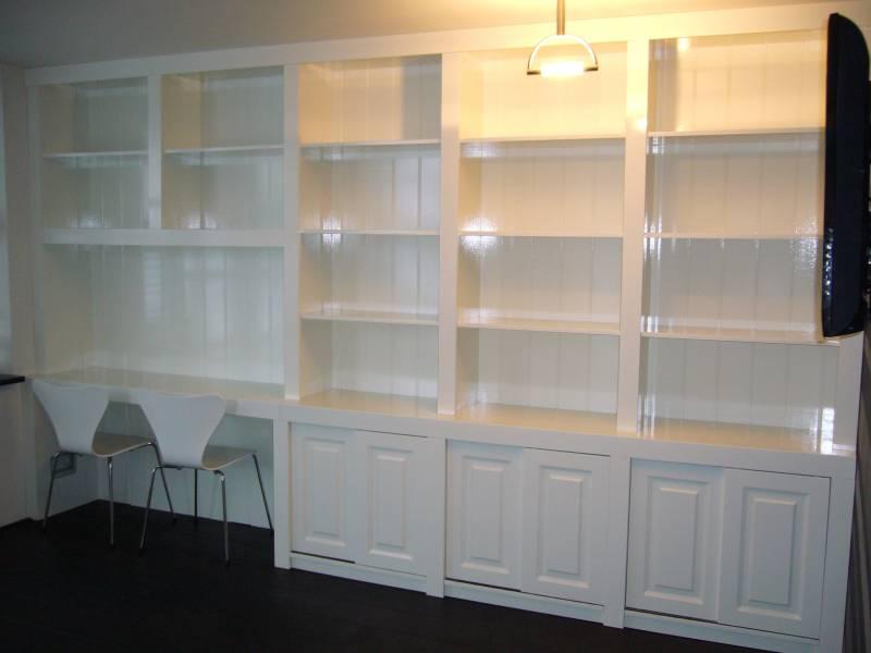 Inbouw boekenkast mdf hoogglans ral 9010 te boveldt for Ingebouwd zwembad zelf maken