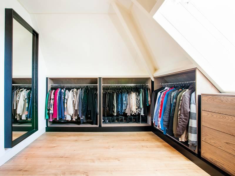 Kast Schuine Wand : Bekend kledingkast voor schuine wand bg belbin