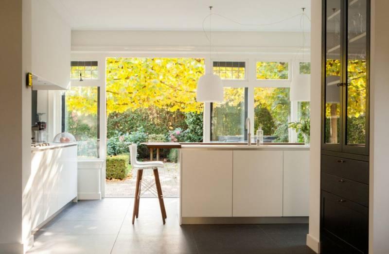 Modern Zwart Keuken : Keuken modern eikenhout wit zwart design te boveldt