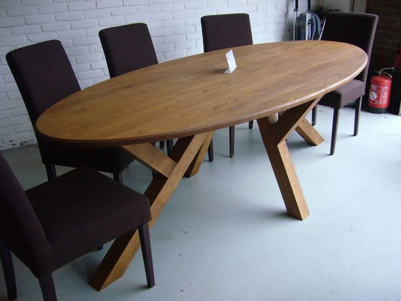 Ovale tafel eiken schuine poot   Te Boveldt Meubelmakerij  u0026 Interieurbouw