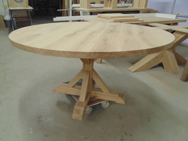 Tafel rond landelijk eiken te boveldt meubelmakerij interieurbouw