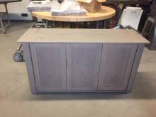 Tv dressoir tv lift paneeldeuren greeploos