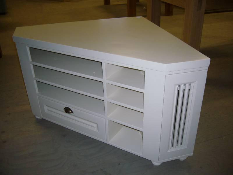Tv meubel hoekmeubel grenen RAL 9010 zijdeglans klassiek  Te Boveldt