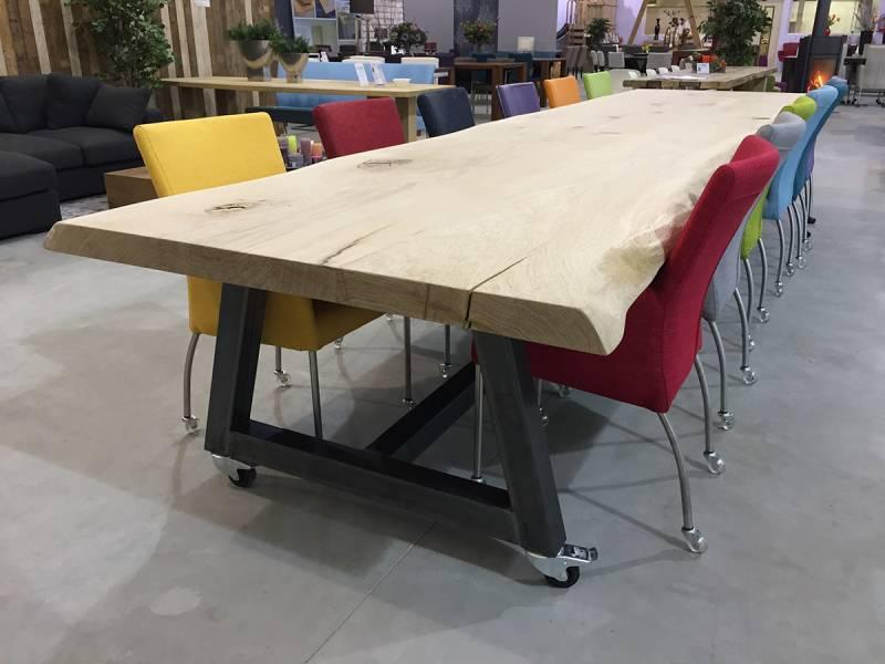 Vergadertafel eikenhout schorsrand staal 5 meter te for Bureau 2 meter